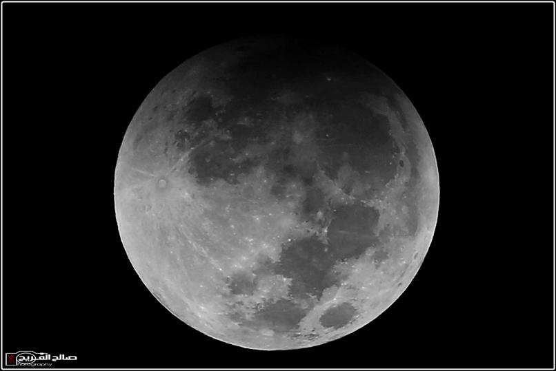 مراحل خسوف القمر سماء رفحاء 14434633371.jpg